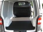 Hyundai H1 Bodenplatte aus Kunststoff