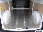 Custom Boden aus Aluminium Riffelblech - L2 lang